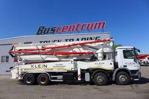 Kleine GmbH auf Chassis MERCEDES-BENZ Actros 4141 8x4 KLEIN 47 m Betonpumpe