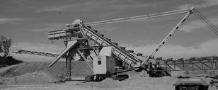 Continious bucket dredger on tracks Schaufelradbagger